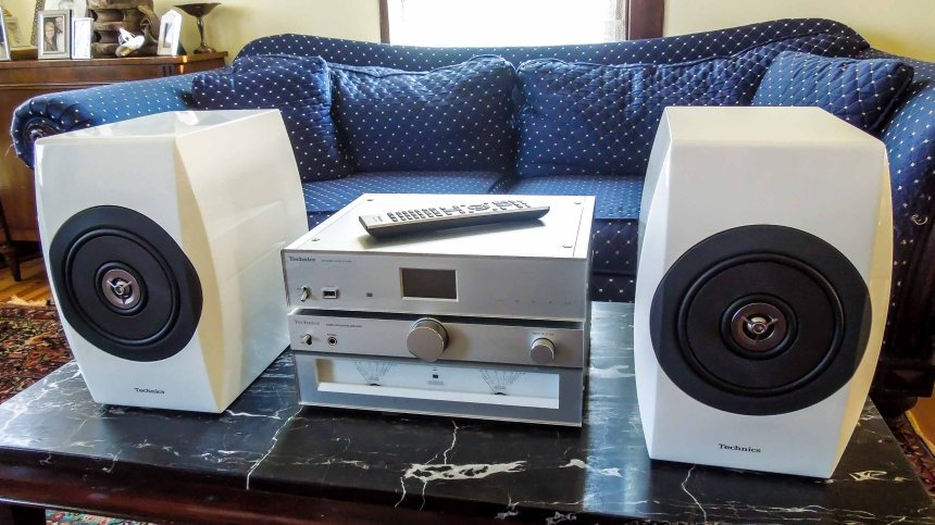 Review: Technics SU-C700 Integrated Amplifier, ST-C700 Network Audio Player, and SB-C700 Speaker System