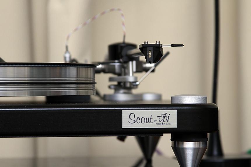 AXPONA2016: Rogue Audio, VPI feeds vinyl to Tannoy