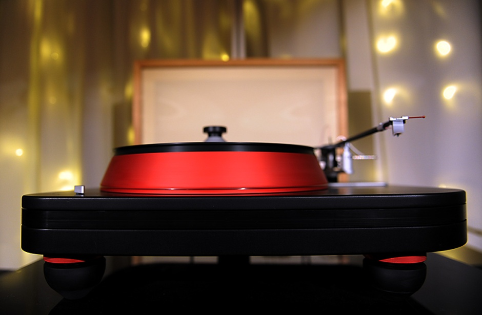 CES 2017 Video: Spiral Groove Revolution turntable interview with Allen Perkins, and *that TAD system playing Prince*
