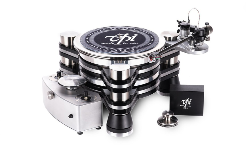 New VPI Titan sets eyes on challenging top reference turntables