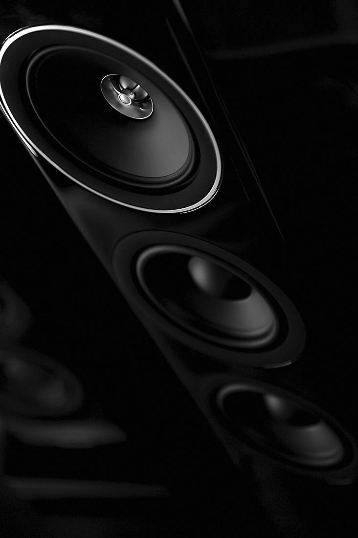 technics-loudspeaker-bw