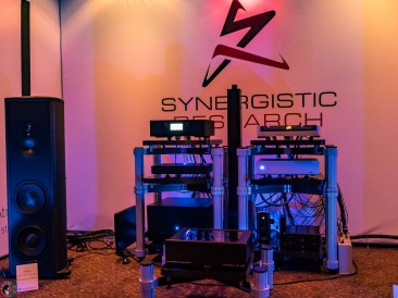 AXPONA-Synergisic-04201