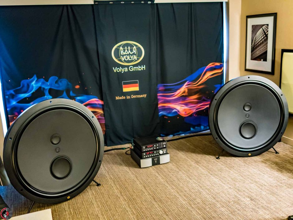 AXPONA 2017: Volya Audio brings flowers and monsters