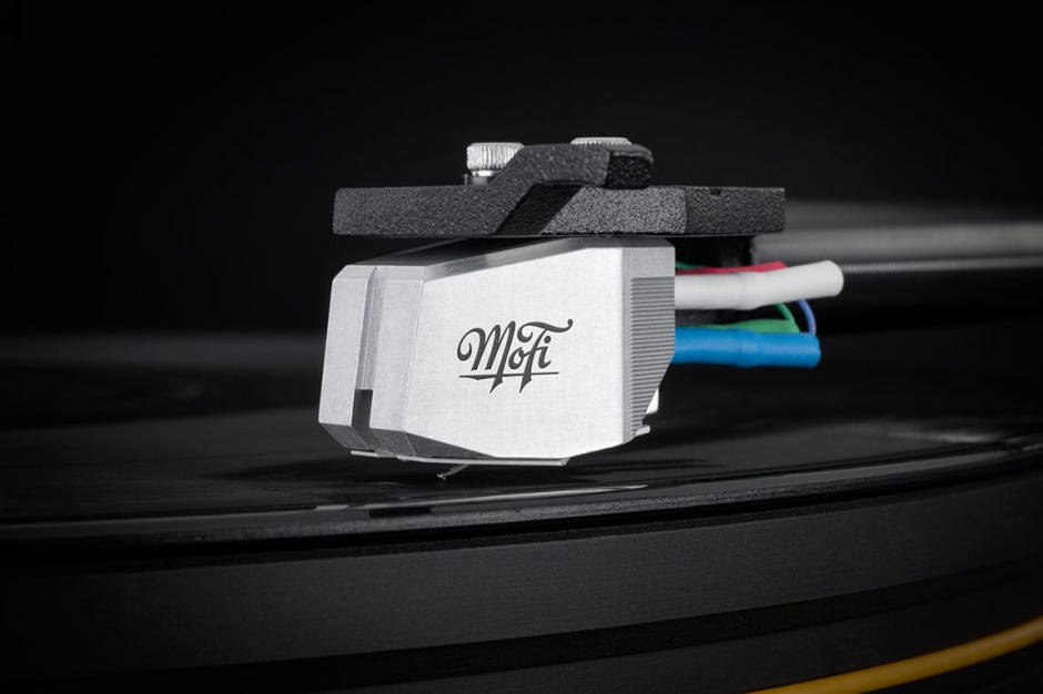MoFi_Electronics_UltraTracker_Phono_Cartridge_Detail_1
